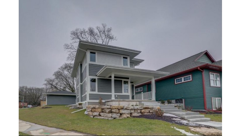 2410 Dunns Marsh Terr Madison, WI 53711 by Re/Max Preferred $32,900