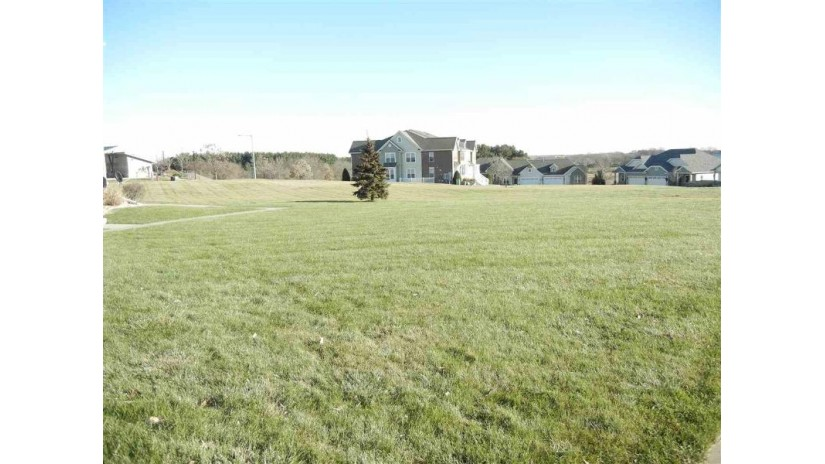 6843 Yellowwood Ln Deforest, WI 53532 by First Weber Inc $275,000