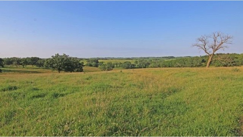 248 Ac Hwy 191 Dodgeville, WI 53533 by First Weber Inc $1,314,400