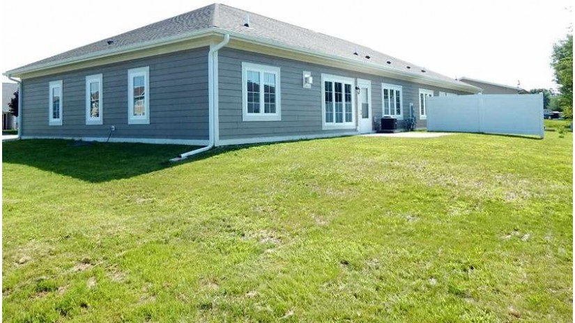 1553 Rangita St Fort Atkinson, WI 53538-0000 by Re/Max Community Realty $209,000