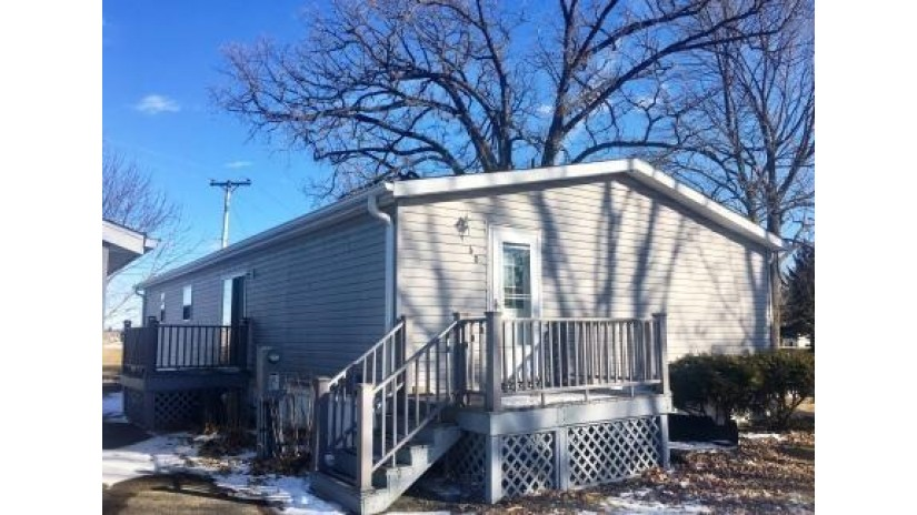W4337 County Road S 60 Hubbard, WI 53032 by Berkshire Hathaway Homeservices Metro Realty $69,900