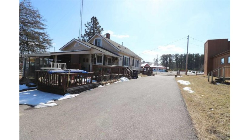 231 W Munroe Ave Lake Delton, WI 53941 by First Weber Inc $239,000