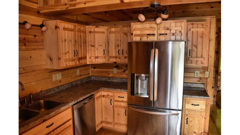 48 Reindeer Cliff Lake Delton, WI 53913 by First Weber Inc $168,000