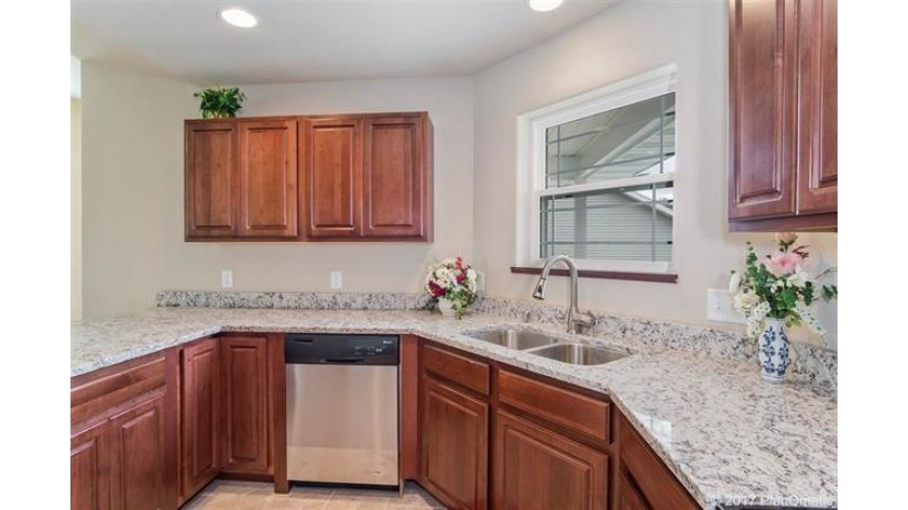 1803-05 Dondee Rd Madison, WI 53716 by Stark Company, Realtors $554,000