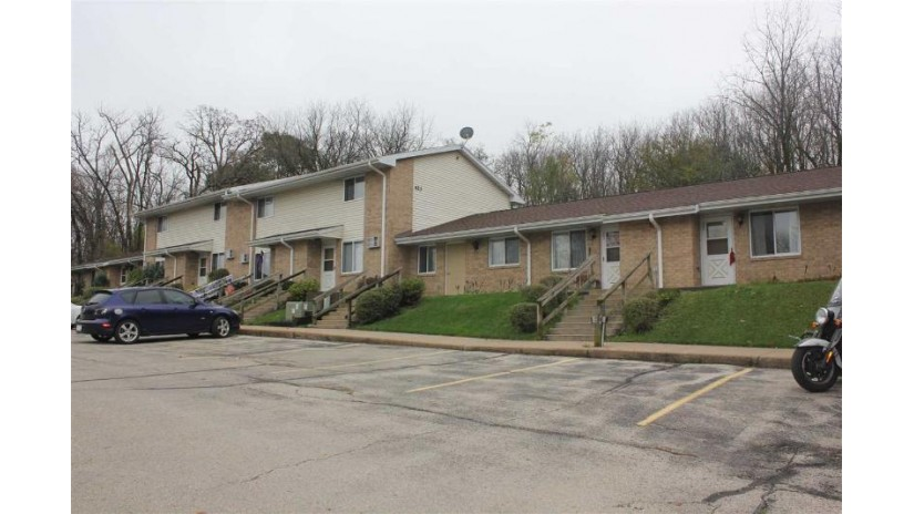 423 Ravine St Darlington, WI 53530 by Century 21 Affiliated $550,000