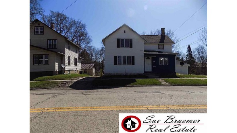 805 S Spring St Beaver Dam, WI 53916 by Sue Braemer Real Estate, Llc $61,900