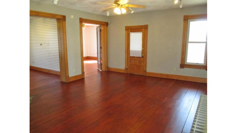 202 6th Ave New Glarus, WI 53574 by Restaino & Associates $280,000