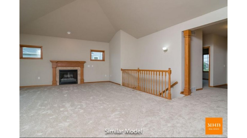 568 Sandstone Tr Sun Prairie, WI 53590 by Mhb Real Estate $259,900