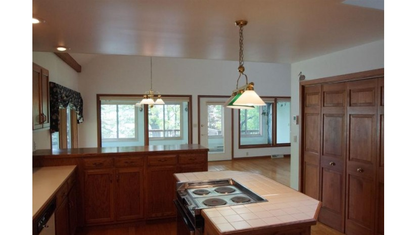 W1240 Spring Grove Rd Green Lake, WI 54941 by Berkshire Hathaway Homeservices Metro Realty $712,800