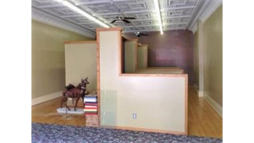 35 N Main St Deerfield, WI 53531 by Re/Max Property Shop $120,000