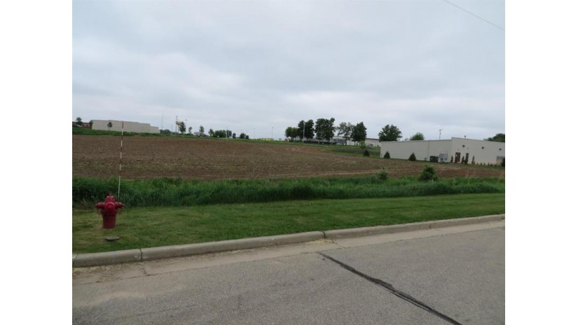 L2 10 Ac Commercial Ave Green Lake, WI 54941 by Adashun Jones Real Estate $494,000
