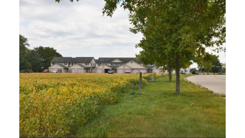 L31-L33 Sommerset Rd Spring Green, WI 53588 by Century 21 Affiliated $85,900