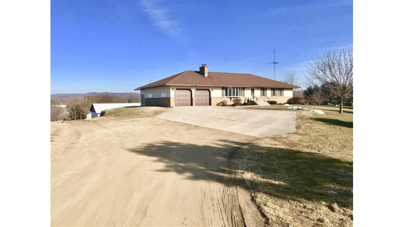 S5302 Mine Rd Baraboo, WI 53913 by First Weber Inc $455,000