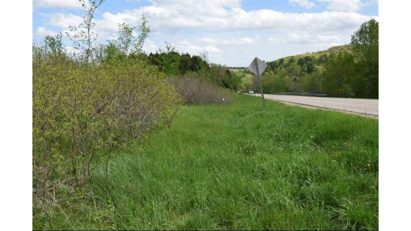 L1152 Amsterdam N Dutch Hollow Rd La Valle, WI 53941 by Re/Max Preferred $5,250
