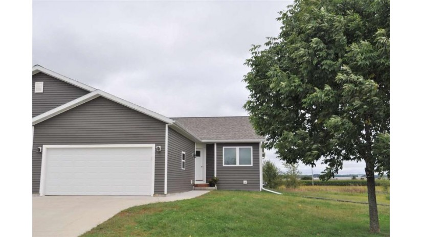 412 Spring St Spring Green, WI 53588 by Century 21 Affiliated $209,500
