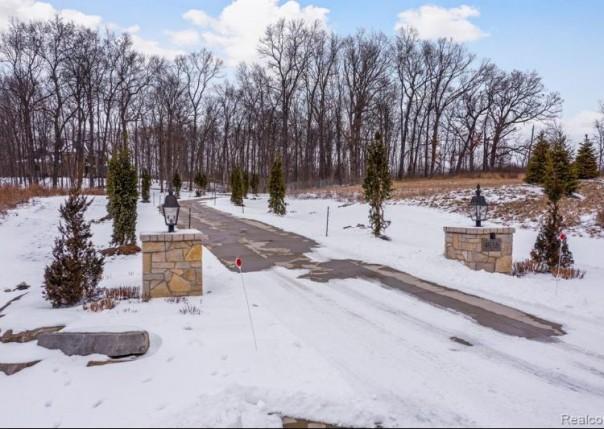4975 Ridge Creek, Ann Arbor, MI, 48105