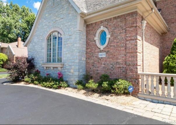 3677 Cedar Brook, Rochester Hills, MI, 48309